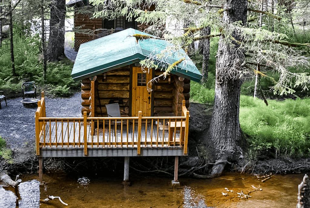 Trapper Cabin at Alaska Creekside Cabins Alaska Vacation Destination near Seward, Alaska